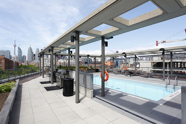 33 Mill St Outdoor Pool
