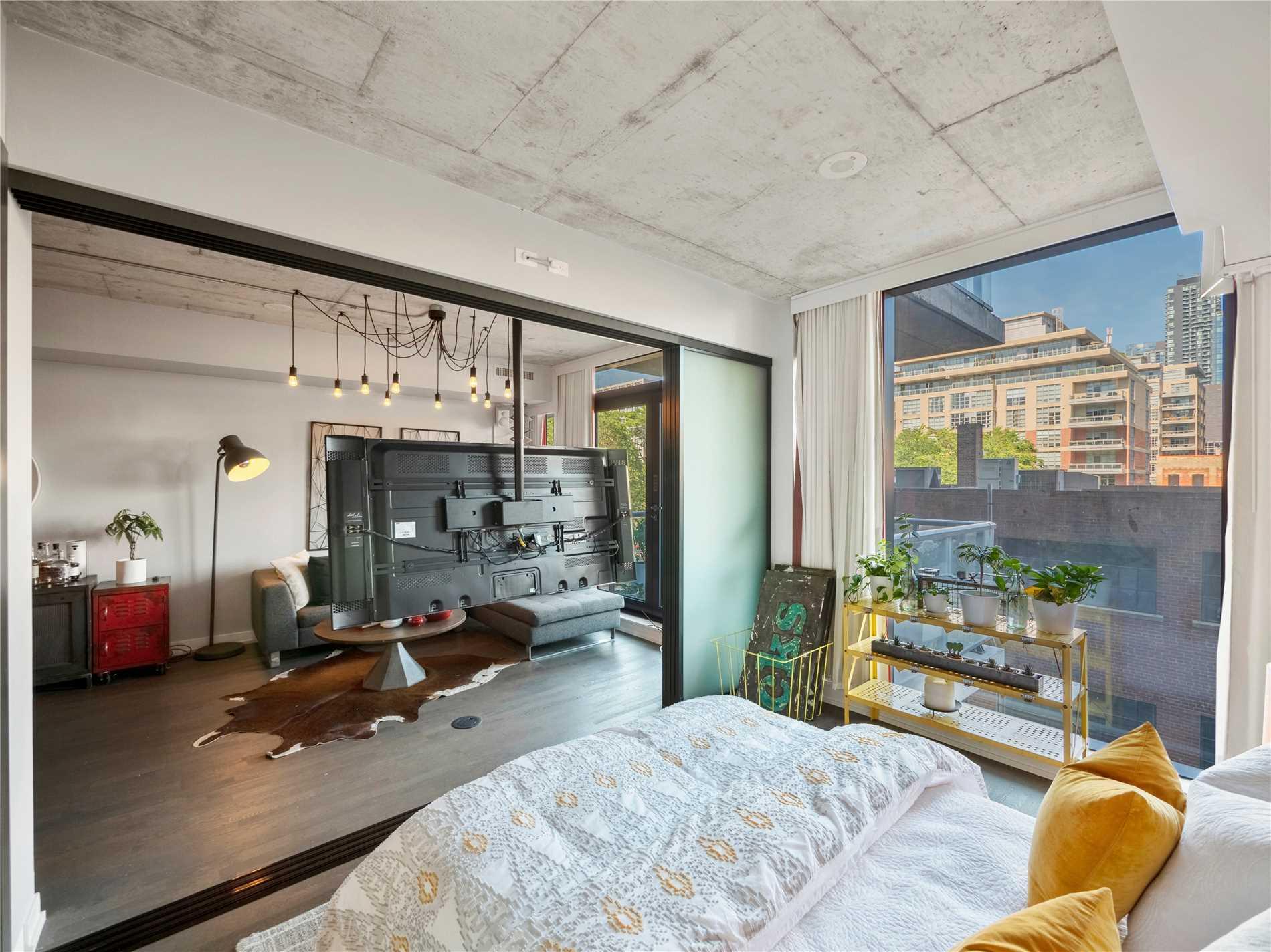 560 King St W #307, Toronto - 1+1 Bed, 1 Bath condo | Dwelly ca