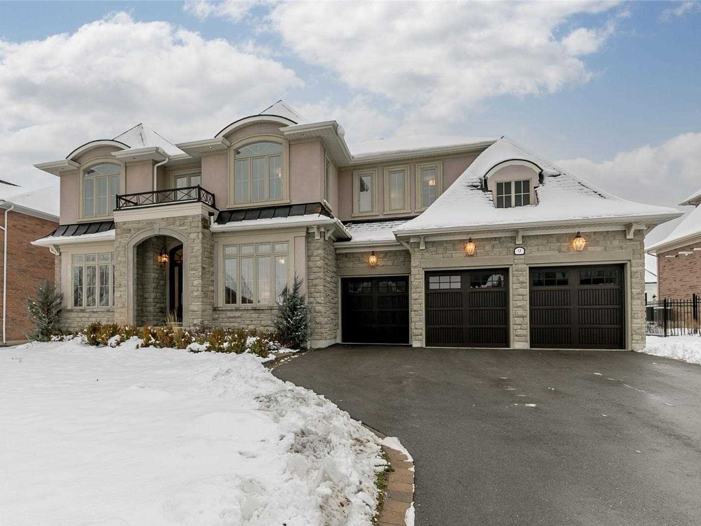 9 Country Club Cres (0)