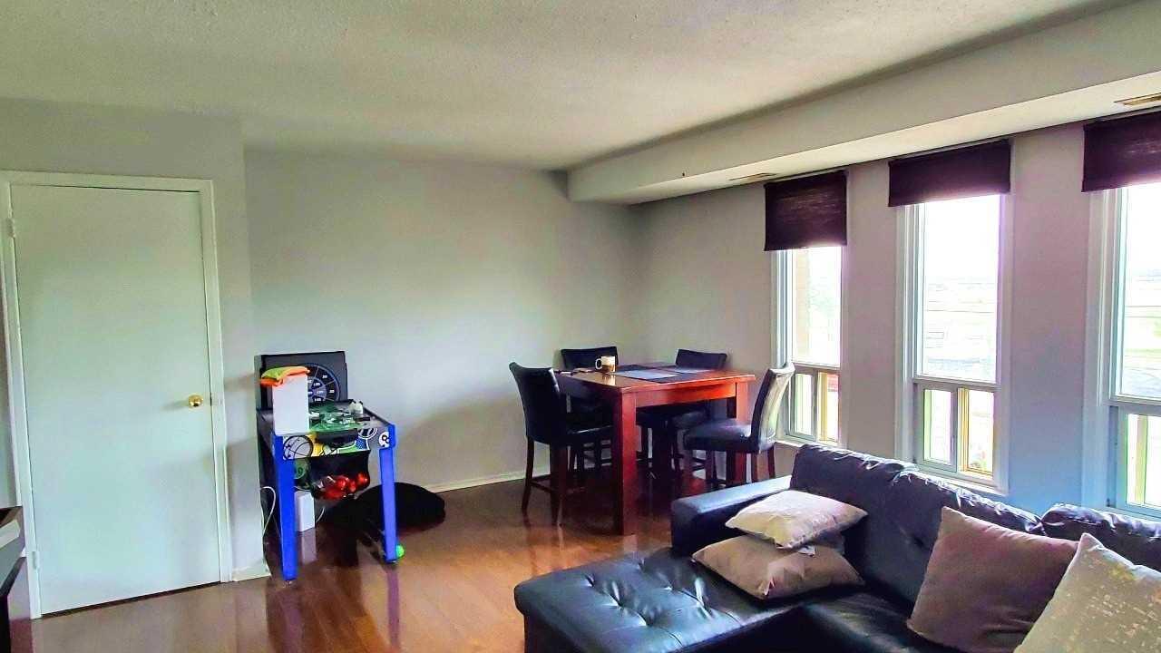 16 Rexdale Blvd #59, Toronto - 3 Bed, 2 Bath condo | Dwelly ca